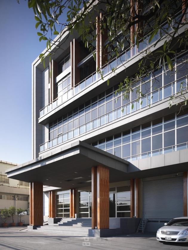 桃園市中壢區 科技大樓建築立面規劃設計 3