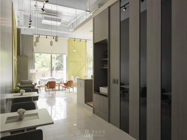 新北市新莊區企業總部 商業空間 14